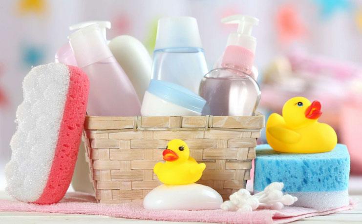 Produits cosmétiques bains des bébés